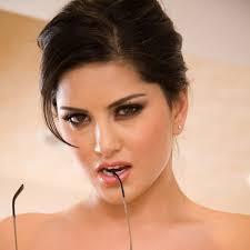 Top 81 Sunny Leone Porn XXX Nude Pics Nude Images sibdream.ru