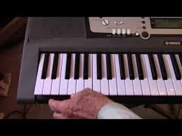 Play Piano Accompaniment With One Finger