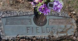 Margaret V. Harvey Fields (1920-2009) - Find A Grave Memorial