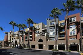 32.775398-117.141363 San Diego furnished apartment pool