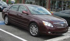 File:2005-2007 Toyota Avalon.jpg - Wikimedia Commons