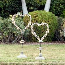 garden decorations. Amazing Heart Shaped Garden Decorations You Will Fall In Love With E
