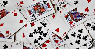 Solitaire, the popular card game you can play by yourself, trains your brain to notice patterns and gives your memory a workout. Five Of The Best Drinking Games To Play With Cards Vinepair