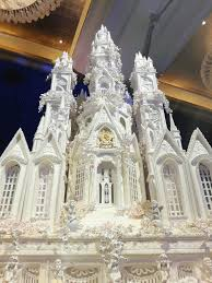 So Neat Amazing Detail Luxerion Castle Wedding Cake Wedding