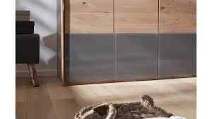Interliving Schlafzimmer Serie 1202 Kleiderschrank Teilmassive
