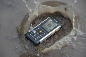 Cat B100 rugged phone promises not to ...