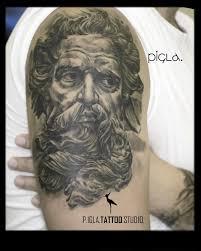 татуировки на руке для мужчин от мастеров Piglatattoo Studio днепр