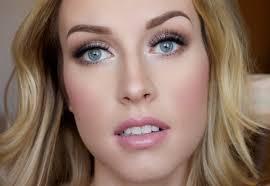 natural wedding makeup blue eyes