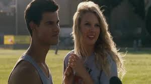 Taylor Swift and Taylor Lautner in ...