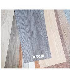 uni luxury vinyl planks flooring 36pcs 6x36inches textured ripple dark 8806