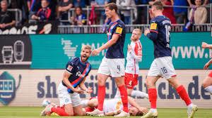 Holstein kiel played against ssv jahn regensburg in 2 matches this season. Holstein Kiel Letzter Statt 1 Liga Die Grunde Fur Den Absturz Bildplus Inhalt 2 Bundesliga Bild De