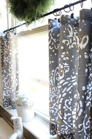 No Sew Cafe Curtains: Day 22 - Simple Stylings