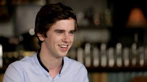 Holding Patterns Film Extraordinary Freddie Highmore Nel Film Romantico Holding Patterns