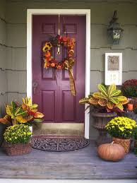front door decorating ideas67 Cute And Inviting Fall Front Door Dcor Ideas  DigsDigs