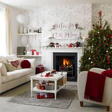 Living Room Christmas Decoration Featured A Clean Compotition Christmas Decorating Themes Ideas