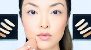 before applying the foundation you need to check that whether your skin is properly moisturized or not now apply a good foundation of your choice liquid