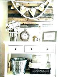 foyer wall decor entryway ideas living room for amazing large decorating tips bedroom styles 2019 l