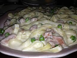 fettuccine alfredo with smoked ham and peas yelp round table pizza san jose ca 95124 round