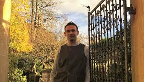 Troy Scott Smith Returns to Wiltshire at Iford Manor - Gardens - Visit  Wiltshire