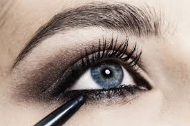 fashion makeup looks for blue green eyes fascinating 10 easy tricks to applying pencil eyeliner gallery makeup looks for blue green eyes