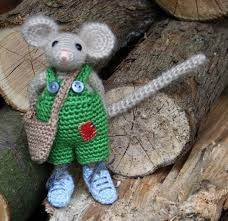 Pin by Petra Mosley on Ideas | Crochet patterns, Crochet mouse ...