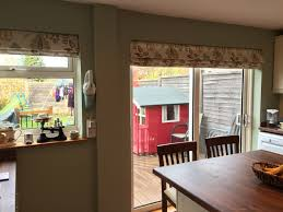 Roman Blinds For Kitchens Martinas Cosy Country Kitchen Web Blinds