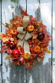 Apple Wreath Door Designs