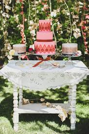 rustic bohemian cake table ideas wedding cake