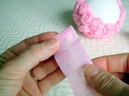 Making Flower Using Crepe Paper Crepe Paper Flowers For An Elegant Craft Idea