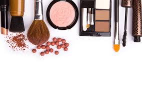 five essentials you absolutely need in your makeup kit