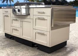 Brown Jordan Outdoor Kitchens Danver Stainless Outdoor Kitchens Launches Mobile Kitchens For The