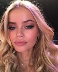 victoria s secret fashion show 2017 hair and makeup secrets how to get vs show hair makeup beauty look