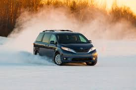 2016 Toyota Sienna Overview | The News Wheel