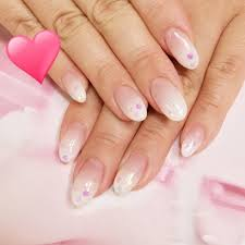爪の形を変える方法は横長の爪を綺麗な縦長の爪に変えたい Belcy