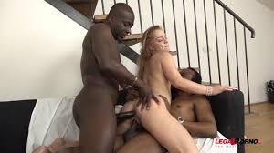 Jennifer White loves double vaginal penetration Shameless