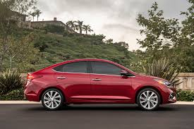 2018 hyundai features. fine 2018 on higher trims of the 2018 accent hyundai has added a number new  convenience features including keyless entrystart heated front seats  with hyundai