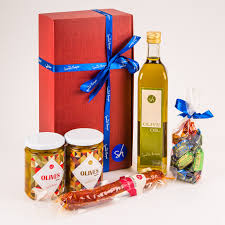 spanish food her gifts spanish olive oil chorizo olives and sweets