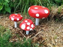 mushroom garden decorations diy