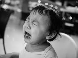「子ども 泣く」の画像検索結果