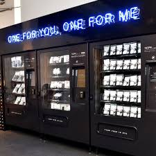How To Reset A Vending Machine Impressive Visa Vending Machine Supports Women Entrepreneurs At NYFW