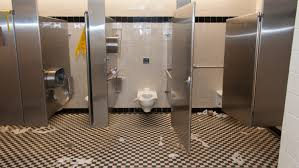 a look inside the women s restroom inside the jefferson memorial at 2am toilet paper is