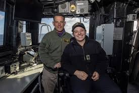 Dvids News Navy Yeoman Makes A Difference On Uss John P