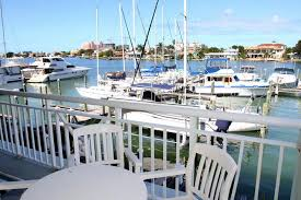 Chart House Suites On Clearwater Bay Clearwater Fl Chart House Suites On Clearwater Bay Compare Deals