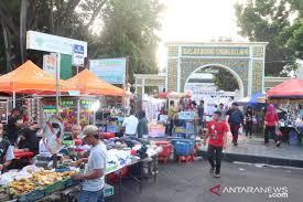 Delapan tempat berburu takjil di Jakarta - ANTARA News