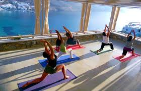 how to become a traveling yoga teacher