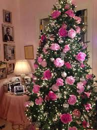 Mariah Carey's Pink Peonies Christmas Tree I LOVE This Tree!