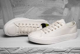 converse chuck taylor all star ii mesh backed off white leather low top shoes