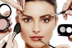 3 kesalahan memakai makeup yang sering