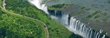 It drops between 90m and 107m into the zambezi gorge and an average of 550,000 cubic metres of water. Victoria Falls In Style From Us 1999 Lion World Travel