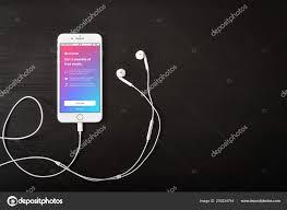Kyiv Ukraine February 2018 Apple Iphone Apple Music App